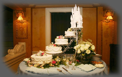 Photography by Gary Davis - Wedding Cake Photo